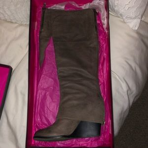 Vince Camuto Abril boots